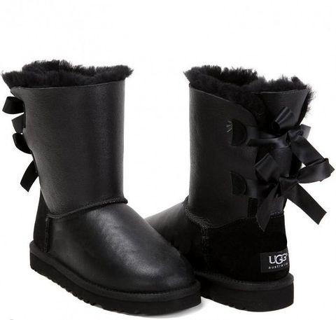 UGG Bailey Bow Metallic Black