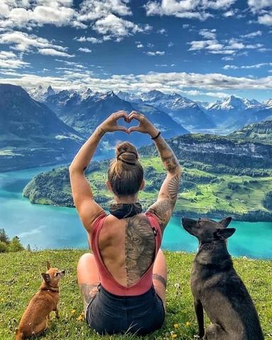 Алмазная Мозаика 30x40 Прогулка с собаками в горах (арт. ZX10351 )