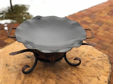 Кованый садж с тарелкой воронение 30 см