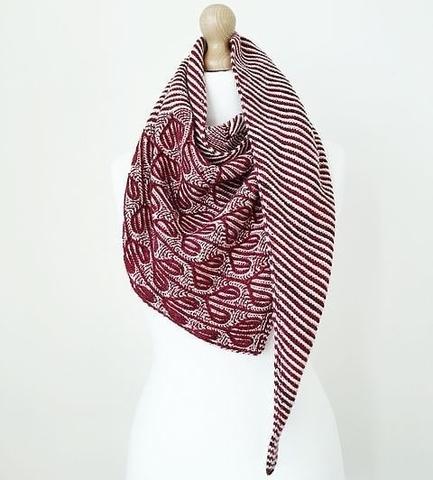 Набор пряжи для вязания шали Brioche hearts shawl