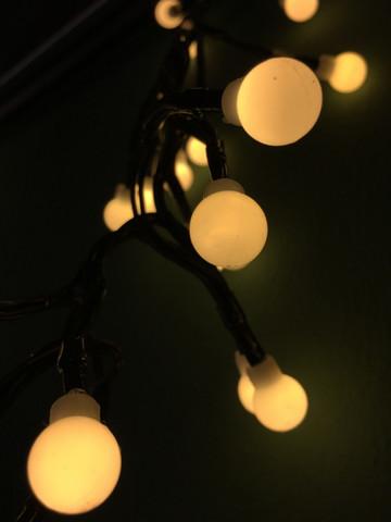 Декор Гирлянда занавес Гроздь Ягод 130 ламп 8 функций таймер теплый белый свет 120 см