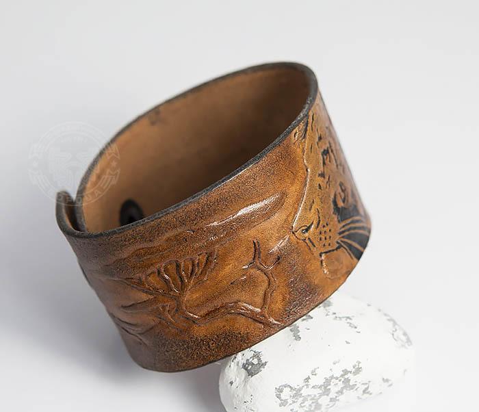 BL462 Мужской кожаный браслет со львом ручной работы фото 04