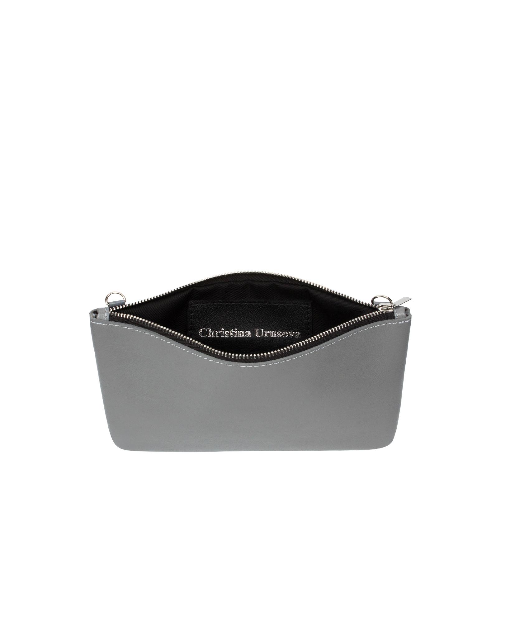 Клатч-косметичка из гладкой кожи нейтрально-серого цвета