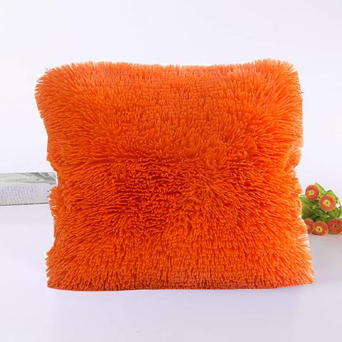 Подушка интерьерная с длинным ворсом рыжего цвета