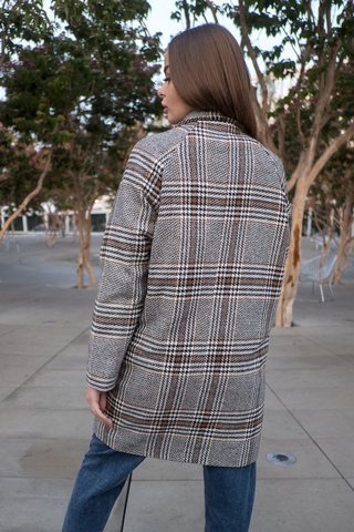 Короткое осеннее пальто женское недорого