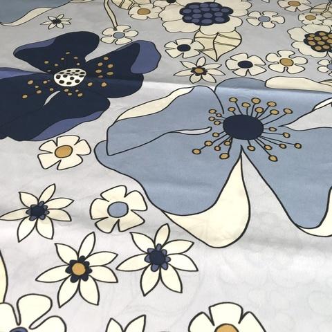 Ткань хлопок поплин с крупными синими цветами 2046