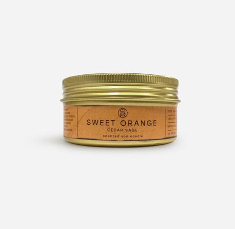 Соевая свеча с эфирными маслами сладкого апельсина, кедра, шалфея с кристаллом Жадеита