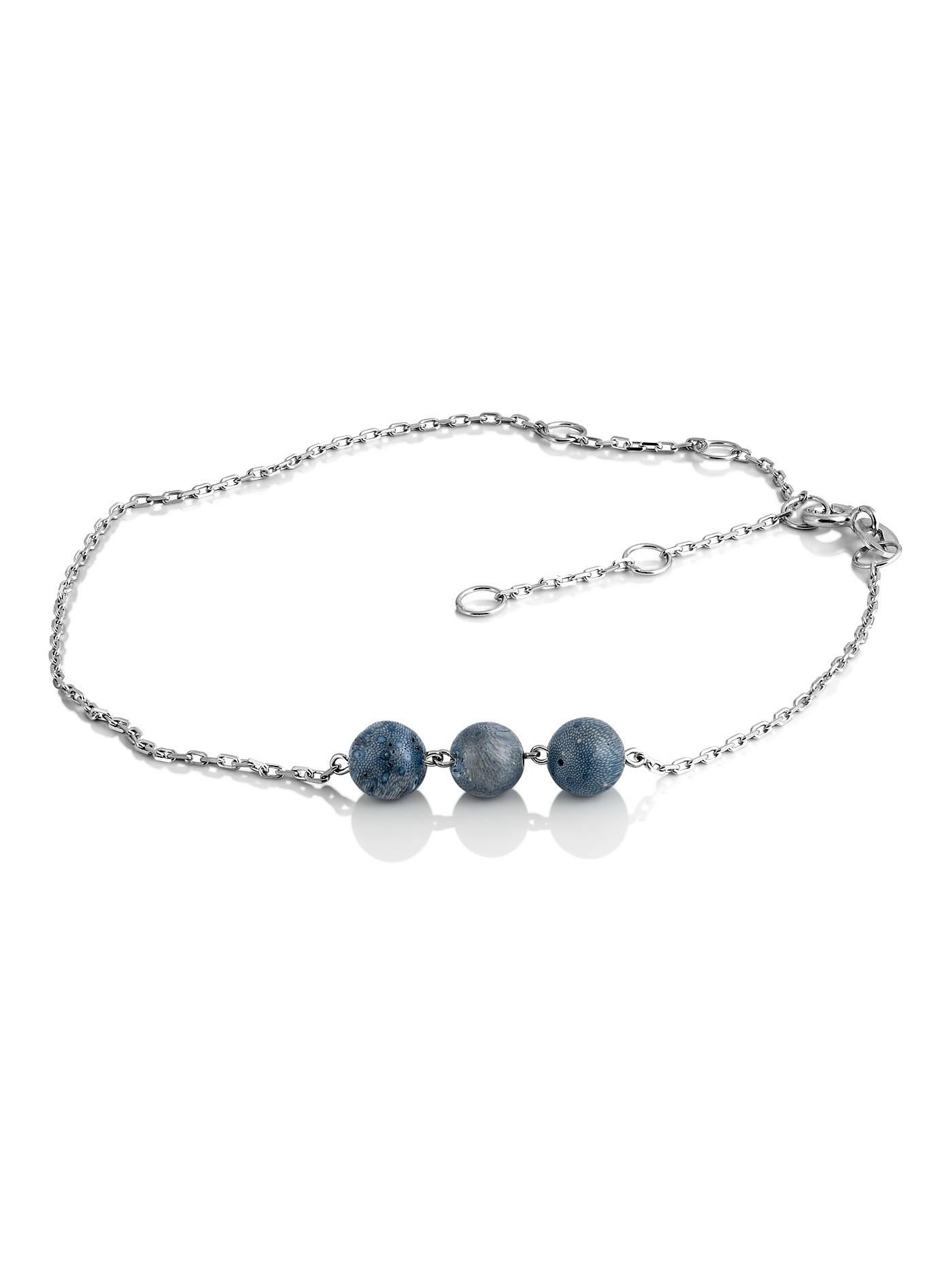 Серебряный браслет на ногу с голубым кораллом в подарочной коробке