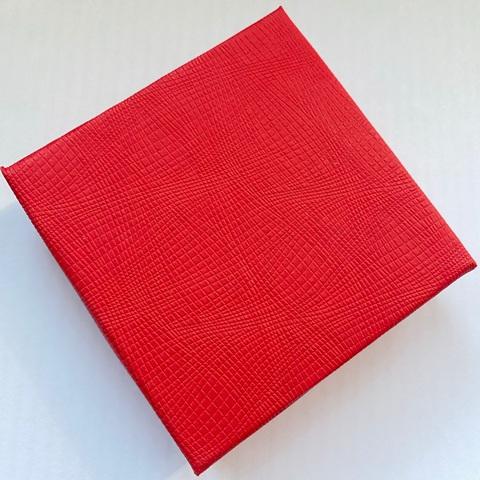 777221- Подарочная коробка для упаковки украшений (квадратная)
