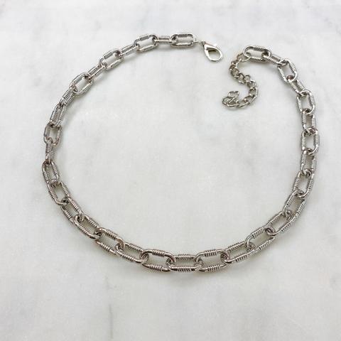 Колье-цепь с фактурными овальными звеньями 45 см (серебристый)
