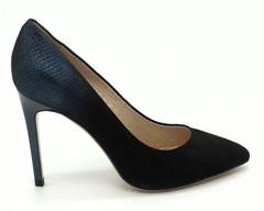 Туфли-лодочки на шпильке из натурального велюра