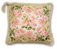 Набор для вышивания Riolis Подушка Розочки