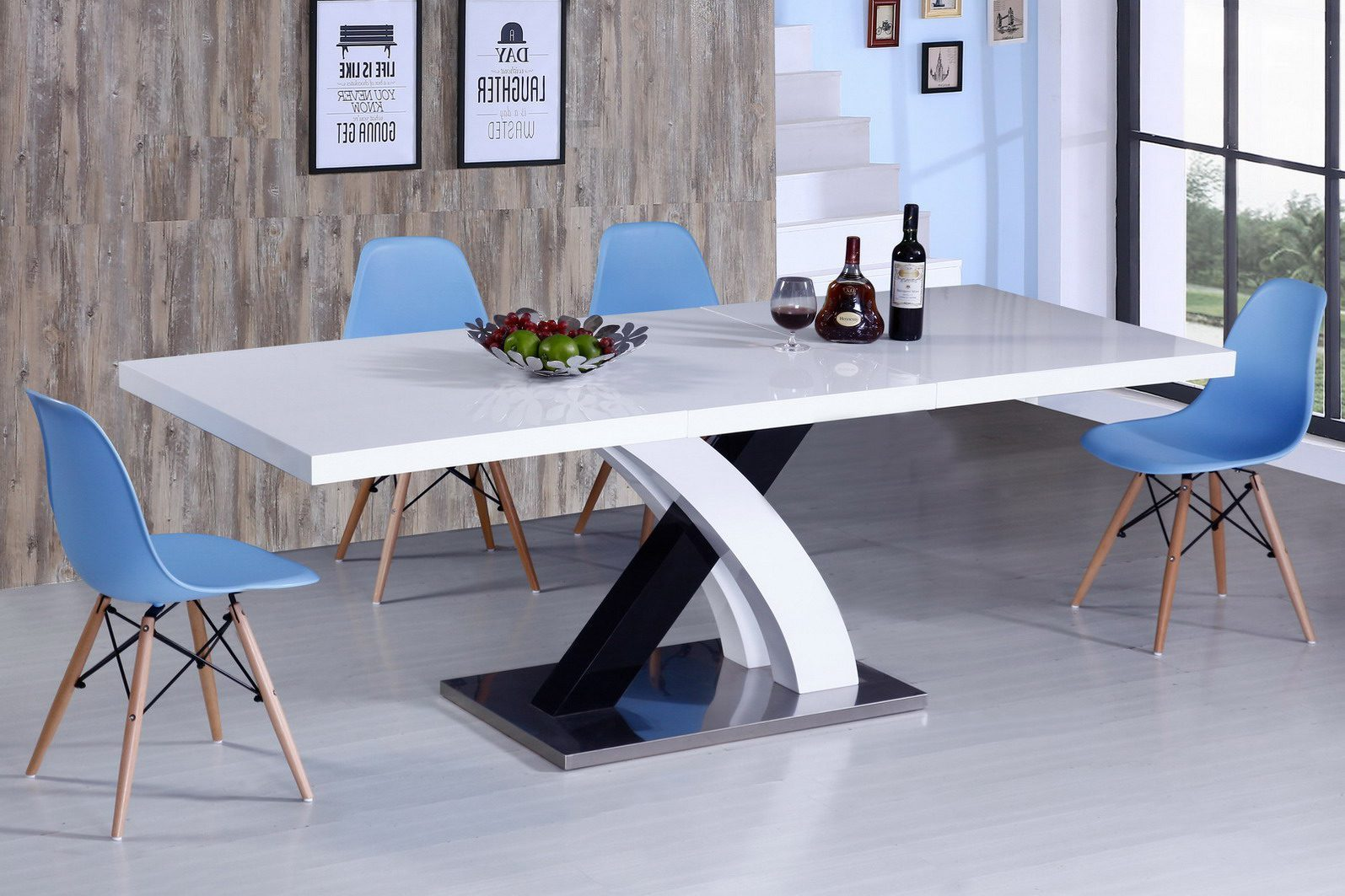 Стол ESF LT75 белый, стулья ESF 971 голубой