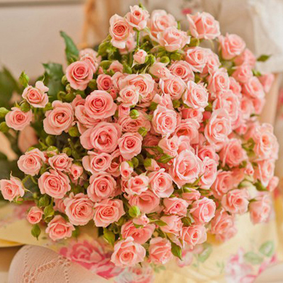 Купить букет из кустовых розы в Перми