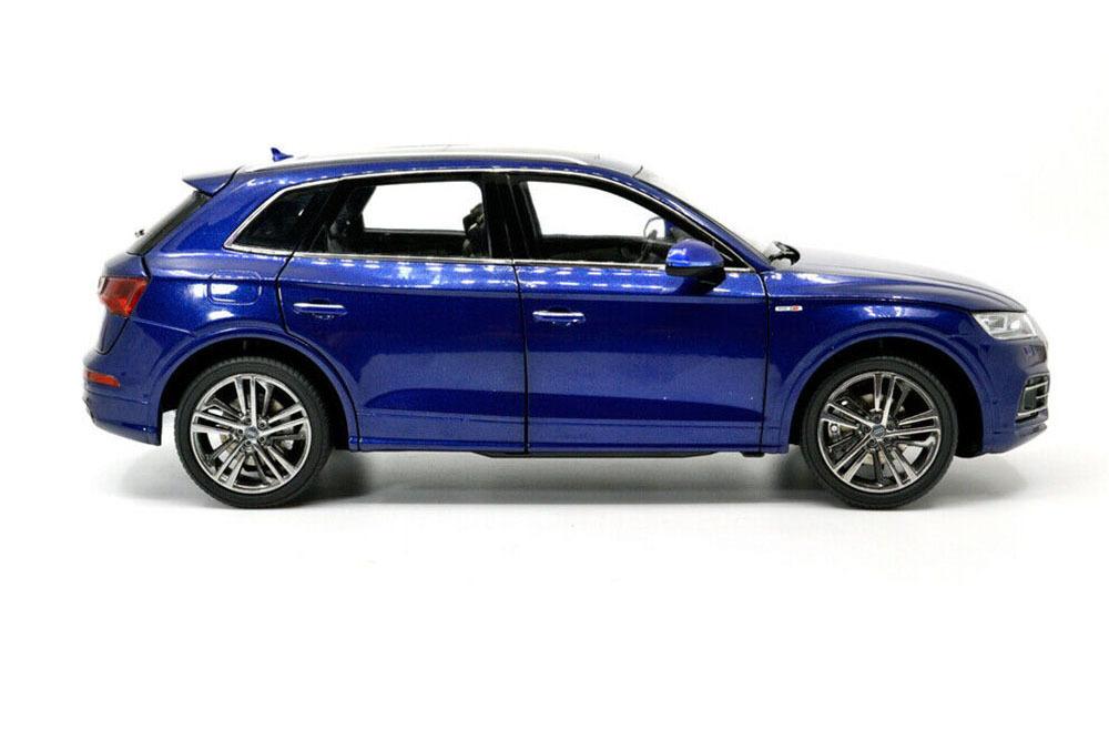Коллекционная модель AUDI Q5 L 2019 BLUE