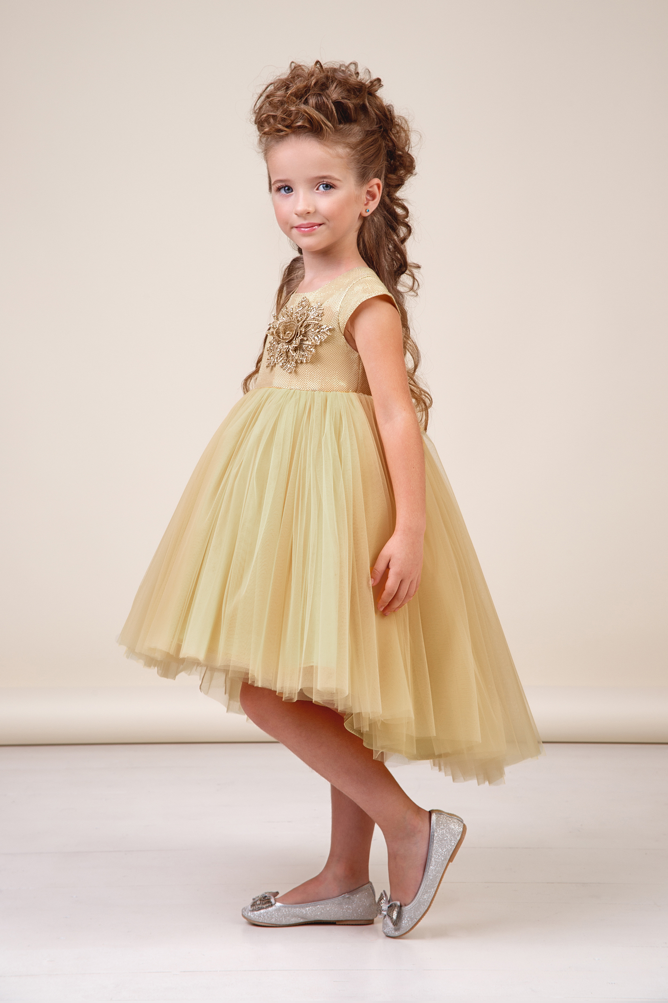 Платье золотистое для девочки 38-8036-1
