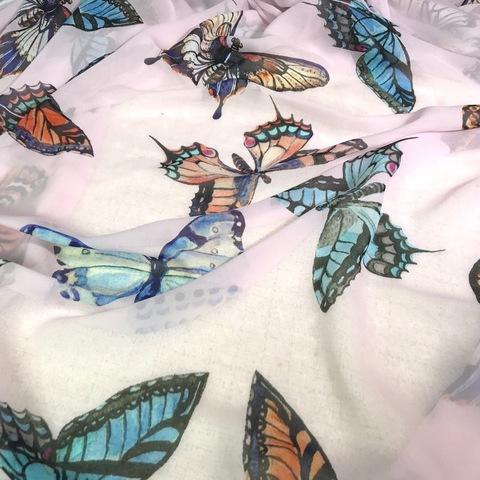 Ткань    шифон шелковый розовый с бабочками большими 1126