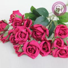 Розы искусственные чайные, мелкие 2-3.5 см, букет 5 веток, 33 см.