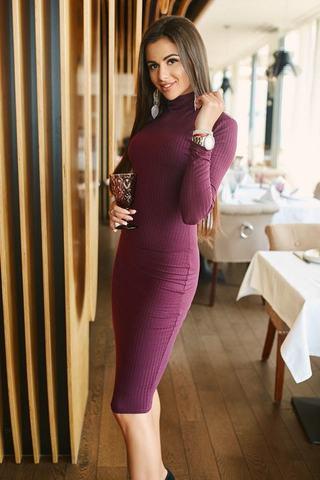 Трикотажное платье-водолазка 3