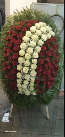 Венок из живых цветов элит ВЖ-27