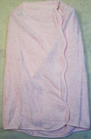 Парео махровое с вышивкой розовое