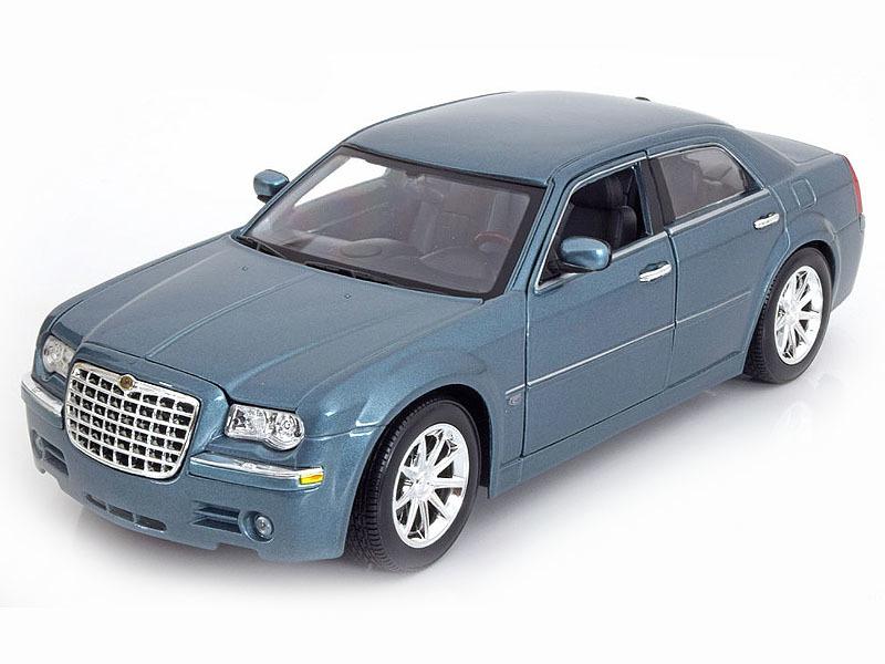 Коллекционная модель Chrysler 300 C Hemi 2005 Blue