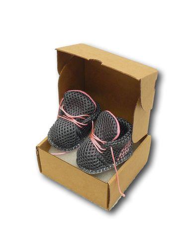 Спортивные ботинки - Упаковано. Одежда для кукол, пупсов и мягких игрушек.