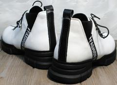 Женские кожаные ботинки на шнурках Ripka 146White