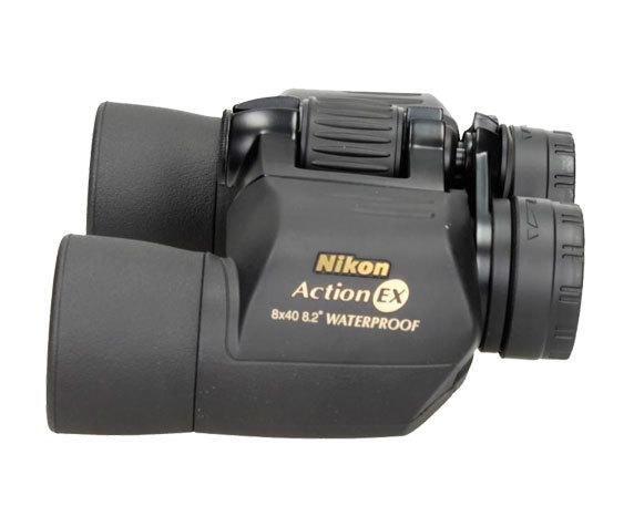 Nikon в обрезиненном корпусе