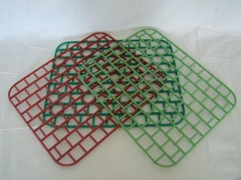 Решетка д/раковины 32х32см пластик