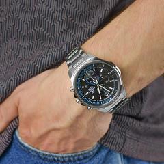 Часы мужские Casio  EFR-S572D-1AVUEF Edifice