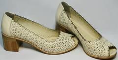 Женские кожаные туфли на каблуке летние Sturdy Shoes 87-43 24 Lighte Beige.