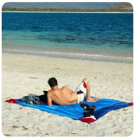 Картинка пляжное покрывало Ticket to the Moon Beach Blanket Green/Yellow - 4