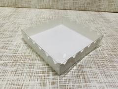 Коробка 15х15х3 см, картон, с прозрачной крышкой и ажурным краем,