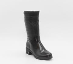 Черные кожаные полусапожки на устойчивом каблуке