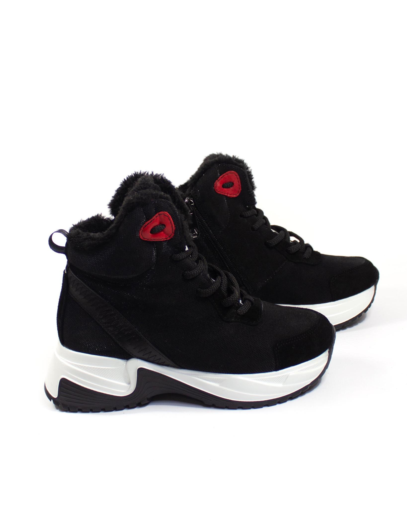 черные кроссовки Alpino