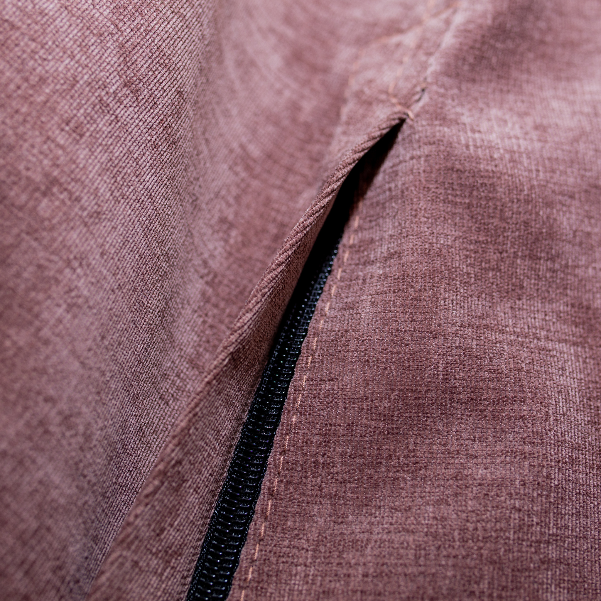 Груша М микровельвет (коричневая)