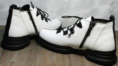 Женские осенние ботинки на шнурках Ripka 146White