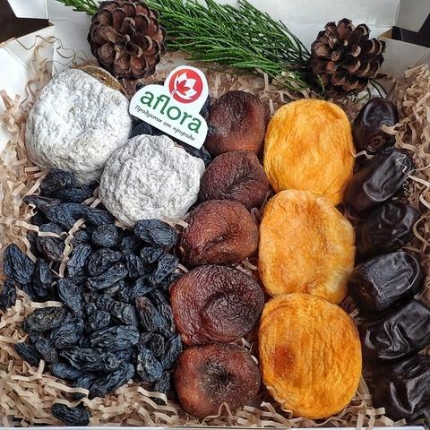 Фотография Набор сухофруктов с шоколадной курагой , 350 г купить в магазине Афлора