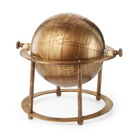 Декоративный глобус из латуни