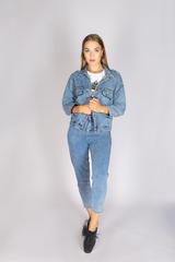 Классическая джинсовая куртка женская купить