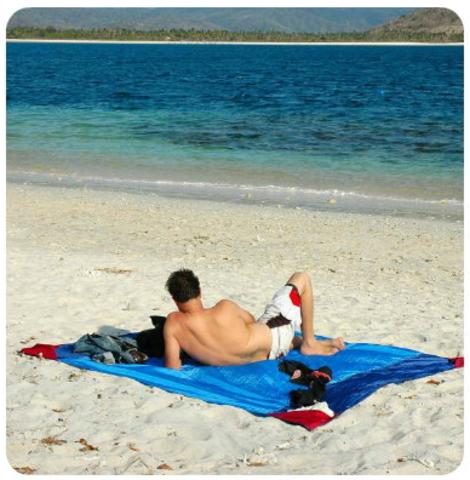Картинка пляжное покрывало Ticket to the Moon Beach Blanket Purple/Pink - 4