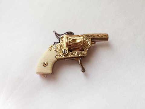 Miniature Franz Pfannl revolver