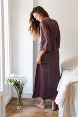 Довгий атласний халат