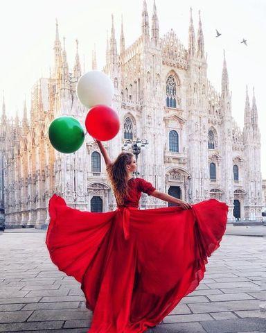 Алмазная Мозаика 5D 40x50 Девушка в красном платье с шарами