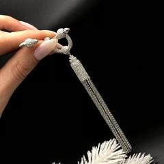 AE18091 - Моно-серьга с подвесками из цепочек из серебра в стиле APM MONACO