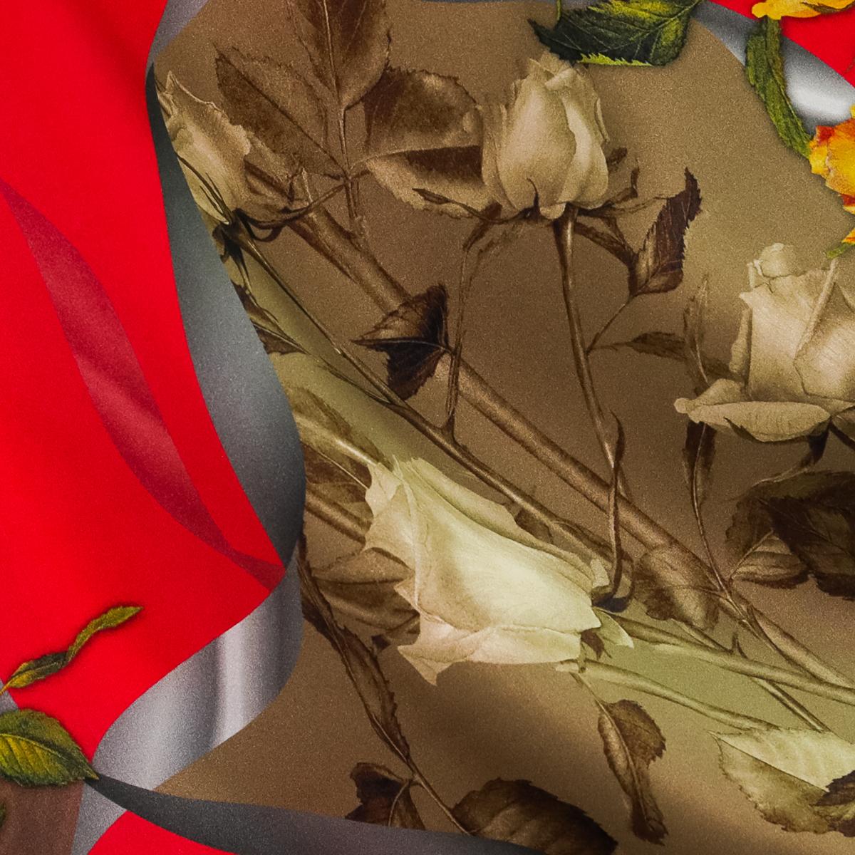 Атласный шелк в лентах и букетах роз