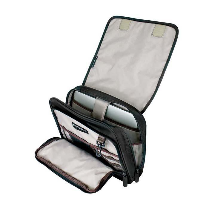 Сумка горизонтальная VICTORINOX Adventure Traveler, с системой защиты RFID, чёрная, нейлон 800D, 27x8x22 см, 4 л (31173501) | Wenger-Victorinox.Ru