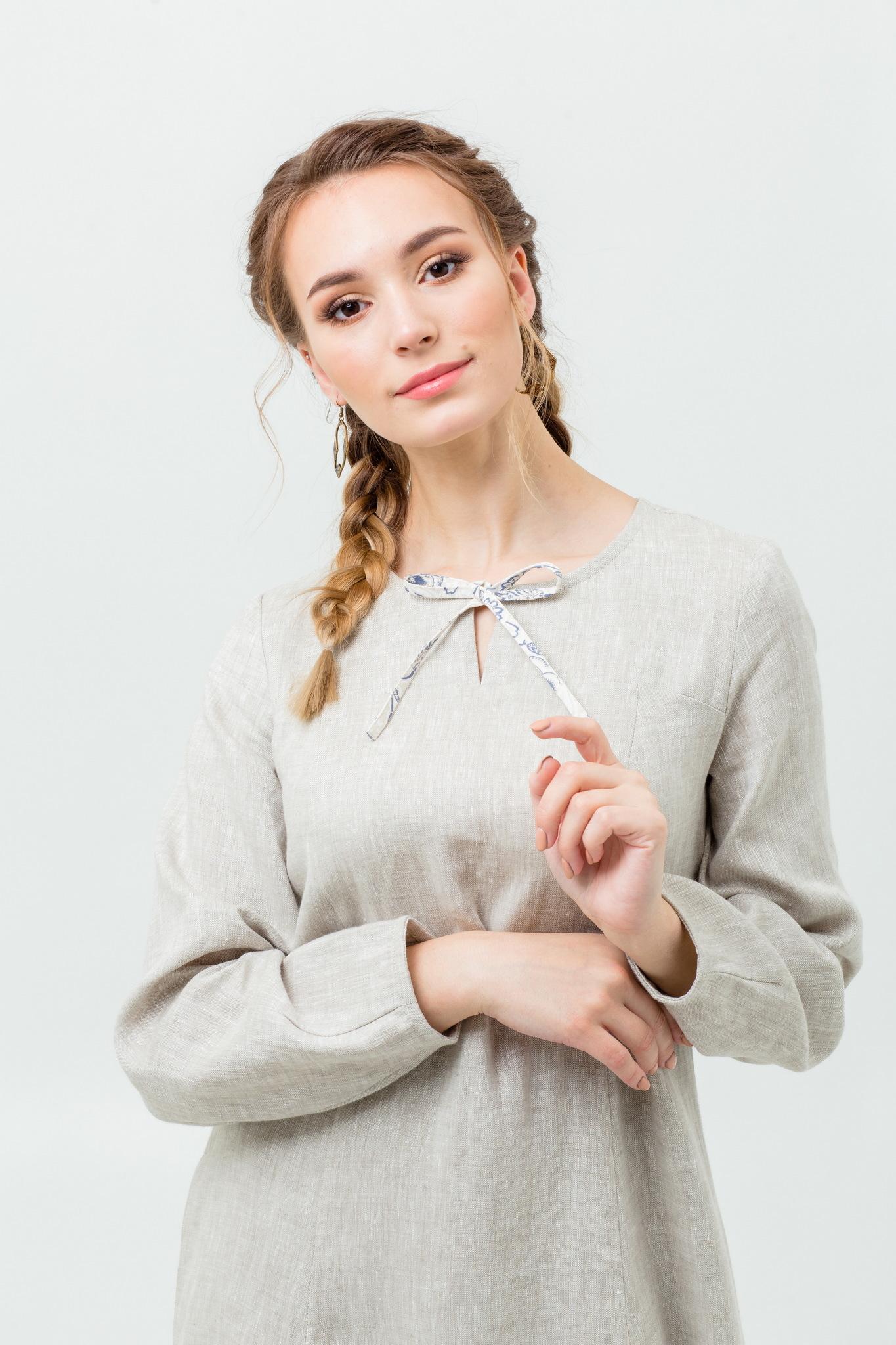 Славянское длинное платье с обережным орнаментом