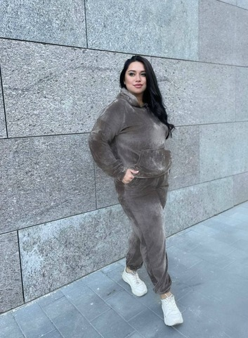 Велюровый костюм  Линда Plus Size шоколад